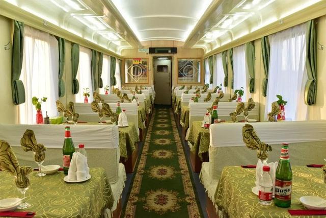 Tàu hỏa xa hoa nhất Trung Quốc: 100 triệu/vé vẫn phải tranh nhau mua, tích hợp cả quán bar, phòng hát, phòng nghỉ khép kín tiện nghi - Ảnh 11.