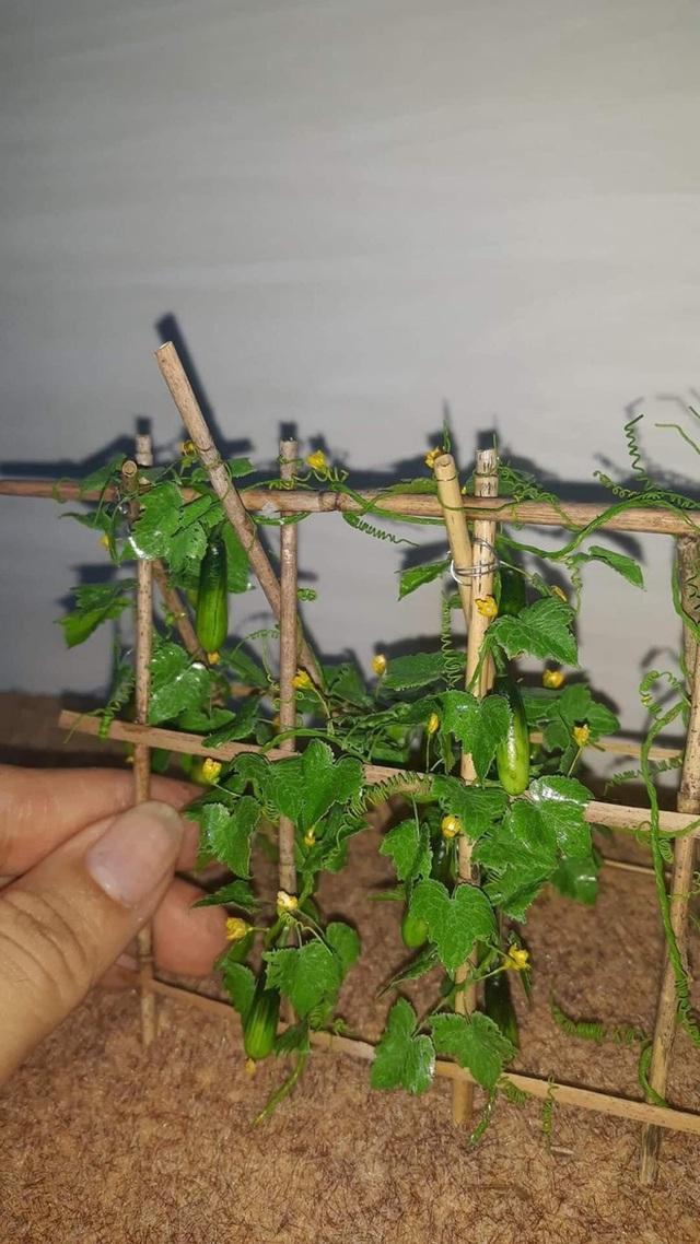 Nghỉ dịch ở nhà, chàng phụ hồ trổ tài làm cả vườn cây xanh từ giấy, dây thép: Tác phẩm khiến nhiều người nể - Ảnh 3.