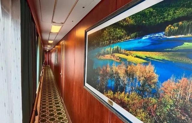 Tàu hỏa xa hoa nhất Trung Quốc: 100 triệu/vé vẫn phải tranh nhau mua, tích hợp cả quán bar, phòng hát, phòng nghỉ khép kín tiện nghi - Ảnh 3.