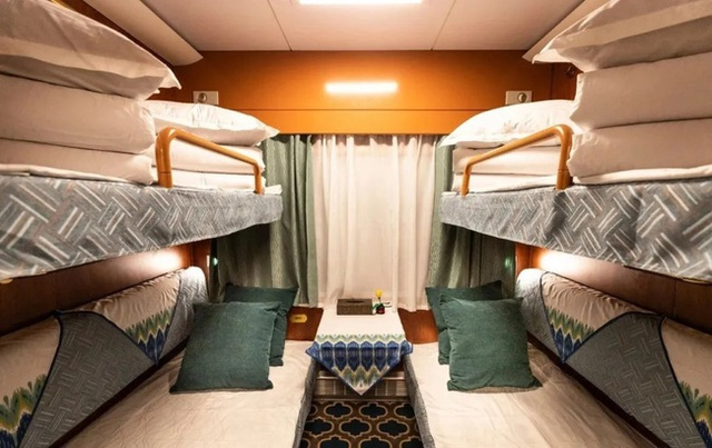 Tàu hỏa xa hoa nhất Trung Quốc: 100 triệu/vé vẫn phải tranh nhau mua, tích hợp cả quán bar, phòng hát, phòng nghỉ khép kín tiện nghi - Ảnh 7.