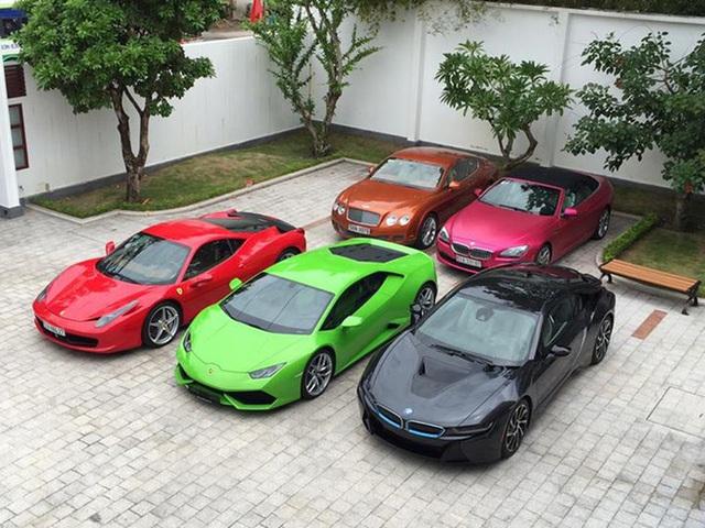 Choáng ngợp vì thú chơi siêu xe của giới siêu giàu: Ngày cầm lái chục tỷ ra đường, đêm về ngắm trăm tỷ trong gara, xanh đỏ tím vàng đủ loại - Ảnh 16.