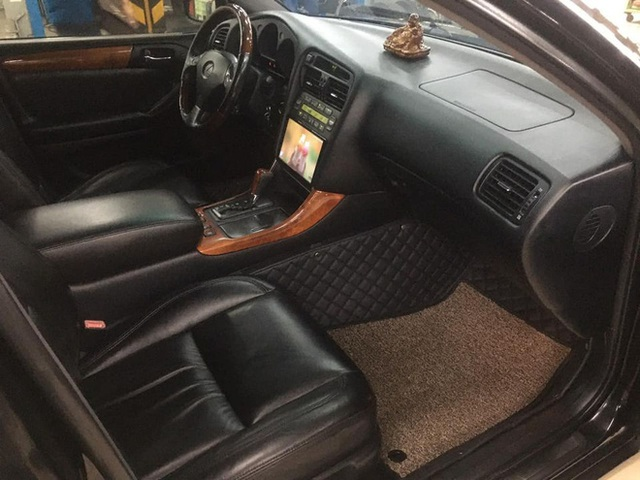 Chiếc Lexus mạnh 300 mã lực rao giá rẻ như Toyota Vios, CĐM vẫn chê: 300 triệu còn không biết có ai hỏi thăm chưa - Ảnh 4.