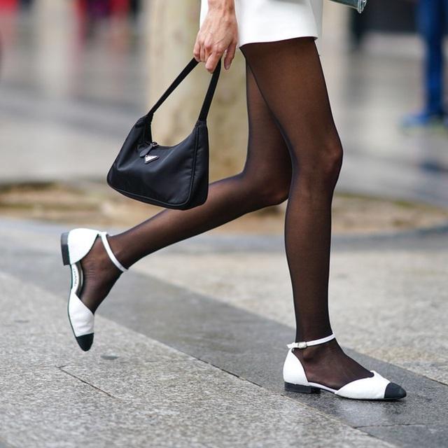 Nối tiếp đại dịch, cơn ác mộng tiếp theo đang xảy đến với thời trang xa xỉ: Đồ hiệu second-hand!  - Ảnh 10.