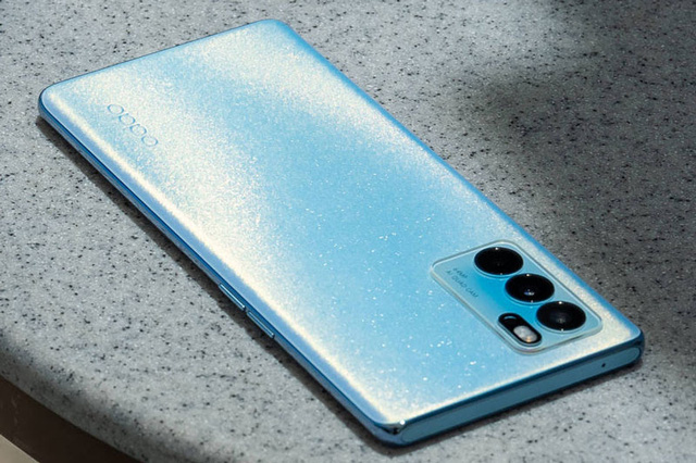 Hàng loạt mẫu smartphone mới sắp lên kệ tại Việt Nam - Ảnh 1.
