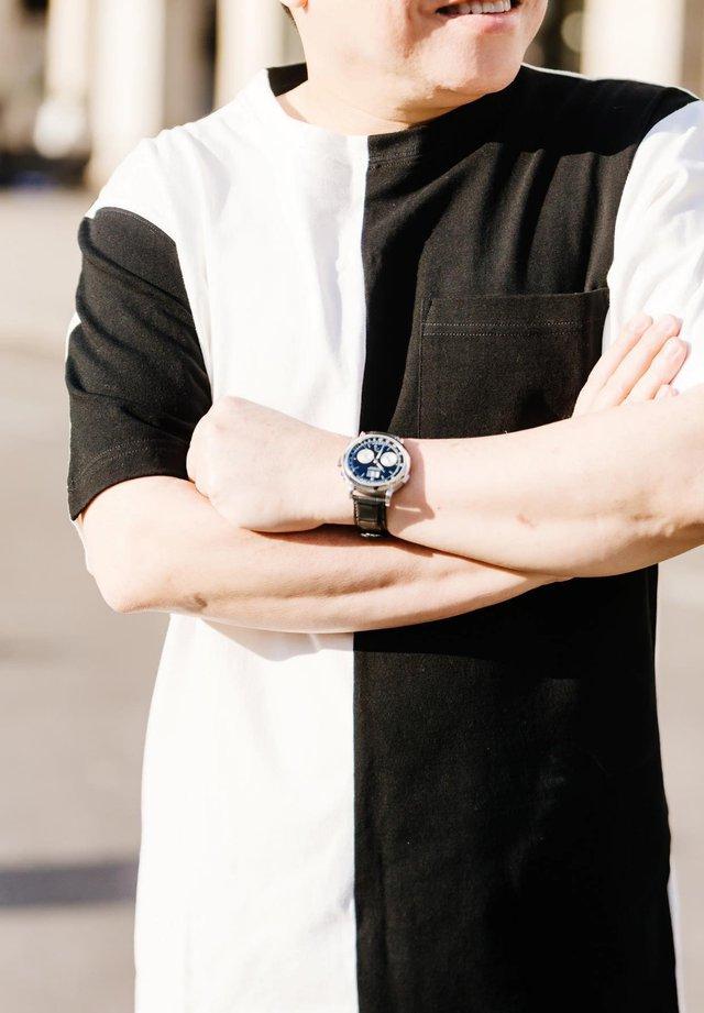 3 chiếc đồng hồ tiền tỷ đẳng cấp của CEO Huy Cận: Patek Philippe 2,5 tỷ đồng được ưu ái theo chủ nhân mỗi ngày  - Ảnh 3.