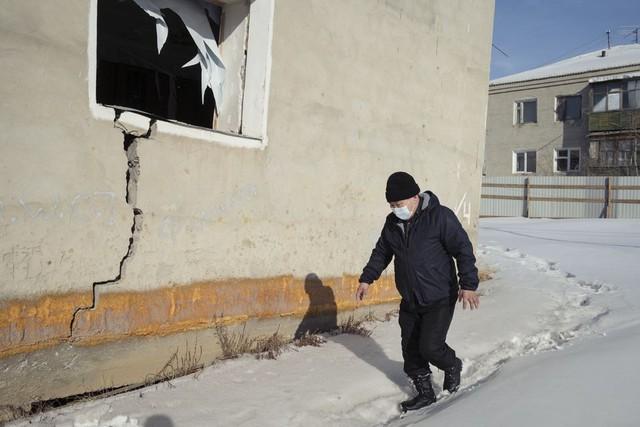 Nước Nga đối mặt với thảm họa từ trong lòng đất: Nguy cơ mọi cơ sở hạ tầng đều rung chuyển, ngành đang đóng góp tới 1/5 GDP bị đe dọa - Ảnh 1.