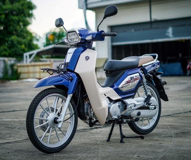 Bản sao Honda Dream giá 27 triệu đồng vừa cập bến Việt Nam, chờ bung lụa - Ảnh 2.