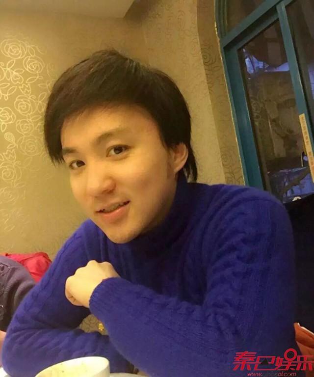 """Cuộc đời nghiệt ngã như phim của """"cậu bé Tam Mao"""": Vụt sáng thành sao chỉ nhờ một vai diễn nhưng lại phải đánh đổi bằng việc bị căn bệnh lạ đeo bám - Ảnh 9."""