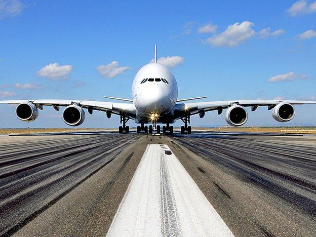 Hai gã khổng lồ Airbus A380 bị kéo đi xẻ thịt khi mới hơn 10 tuổi: Chuỗi ngày bi thảm của tượng đài bắt đầu? - Ảnh 3.