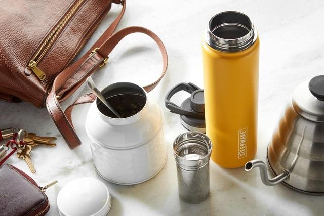 Trà xanh rất tốt cho sức khỏe nhưng có nên uống trà thay nước mỗi ngày không? Có 3 đối tượng nên cẩn trọng với loại đồ uống này - Ảnh 1.