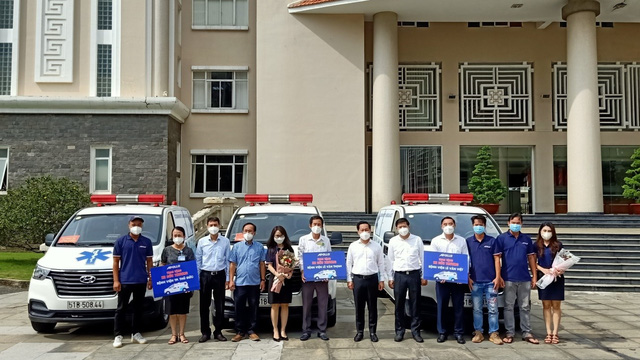 60 ngày nghĩa tình của Đội xe cứu thương tình nguyện Apollo Silicone - Ảnh 3.