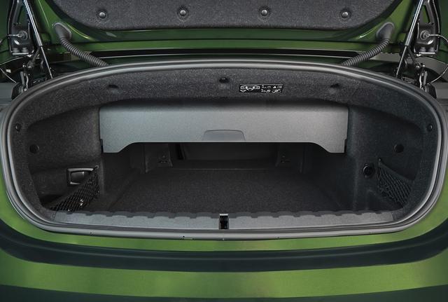 BMW 4 Series Convertible chính thức về Việt Nam: Mui trần đẳng cấp cho giới siêu giàu - Ảnh 10.