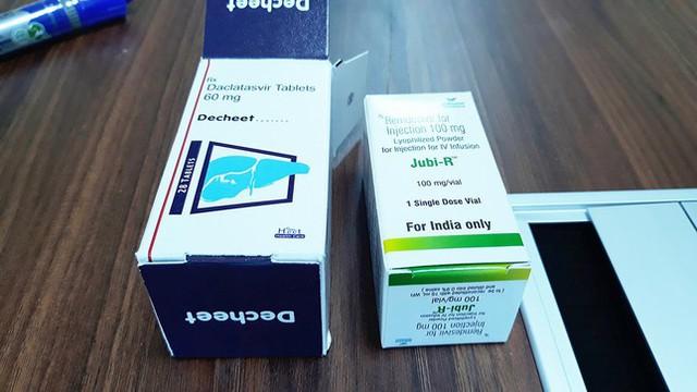 Thu lượng lớn thuốc điều trị COVID-19 nhập lậu qua đường hàng không - Ảnh 2.