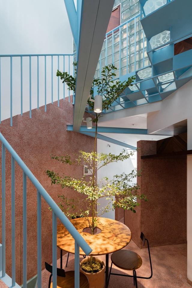 Mẹ Vĩnh Long xây nhà 140m2 cho con gái nghỉ trưa, tạo hình nhà trên cây độc đáo với sắc xanh hút hồn - Ảnh 14.