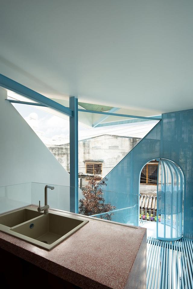 Mẹ Vĩnh Long xây nhà 140m2 cho con gái nghỉ trưa, tạo hình nhà trên cây độc đáo với sắc xanh hút hồn - Ảnh 3.