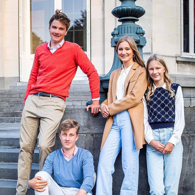 Công chúa đẹp tựa nữ thần của hoàng gia Bỉ thay đổi thế nào sau 2 năm gây sốt MXH? - Ảnh 4.