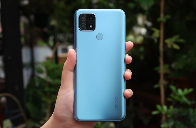 Top 10 smartphone bán chạy nhất tại Việt Nam trong tháng 9 - bất ngờ vì mẫu iPhone 3 năm tuổi của Apple vẫn on top - Ảnh 4.