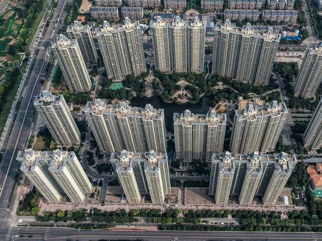 Người trẻ Trung Quốc sau khủng hoảng Evergrande: Ước mơ mua nhà vụt tắt trong chốc lát, không muốn đầu tư chứng khoán vì quá mệt mỏi  - Ảnh 1.