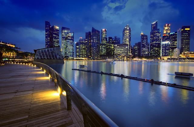 Khu tài chính 50 tỷ USD của Singapore 'lột xác' sau Covid-19, những căn hộ đắc địa không còn chỉ cho người giàu? - Ảnh 1.