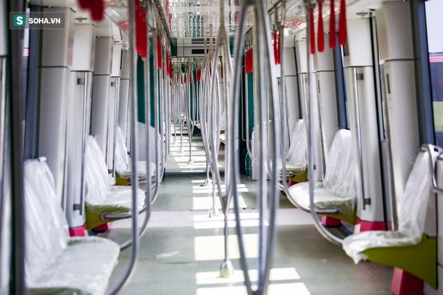 Hình ảnh mới, lạ mắt của tuyến Metro tỷ USD ở Thủ đô sắp chạy thử nghiệm đồng loạt - Ảnh 5.