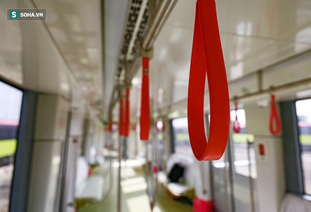 Hình ảnh mới, lạ mắt của tuyến Metro tỷ USD ở Thủ đô sắp chạy thử nghiệm đồng loạt - Ảnh 6.