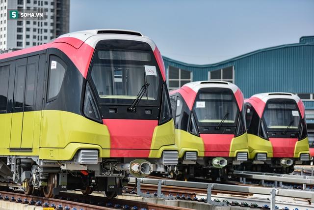 Hình ảnh mới, lạ mắt của tuyến Metro tỷ USD ở Thủ đô sắp chạy thử nghiệm đồng loạt - Ảnh 9.