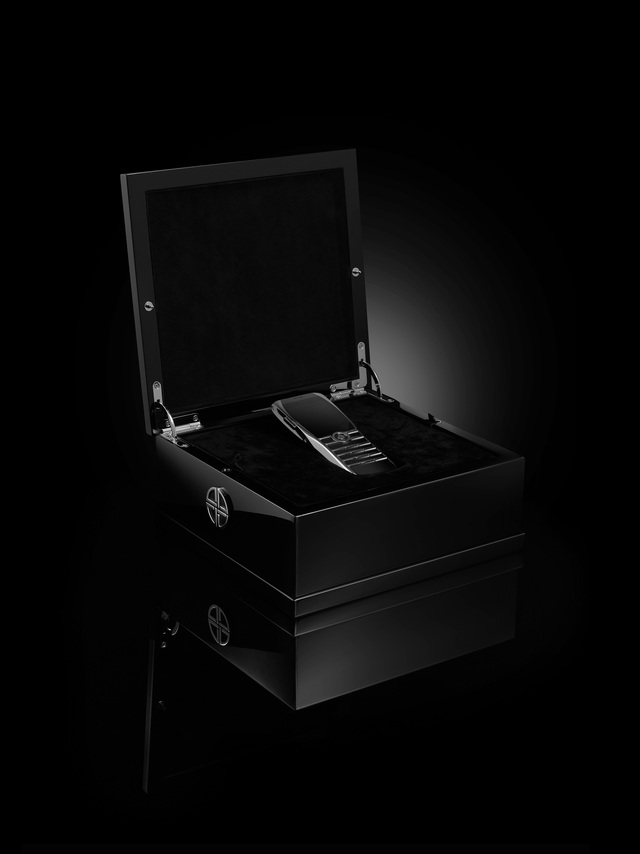Cựu Giám đốc thiết kế của Vertu Signature ra mắt thương hiệu điện thoại cao cấp XOR - Ảnh 2.