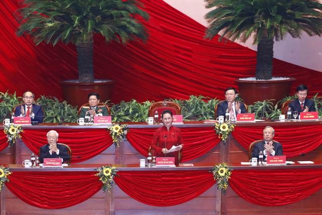 Thông qua Nghị quyết Đại hội XIII của Đảng, phấn đấu tăng trưởng 6,5-7% trong 5 năm tới - Ảnh 2.