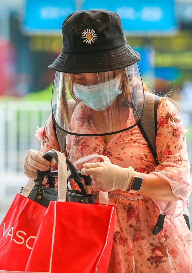 Cận cảnh sân bay Tân Sơn Nhất ngày 20 tháng Chạp - Ảnh 8.