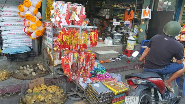 Nhộn nhịp chợ quê ngày giáp Tết  - Ảnh 9.
