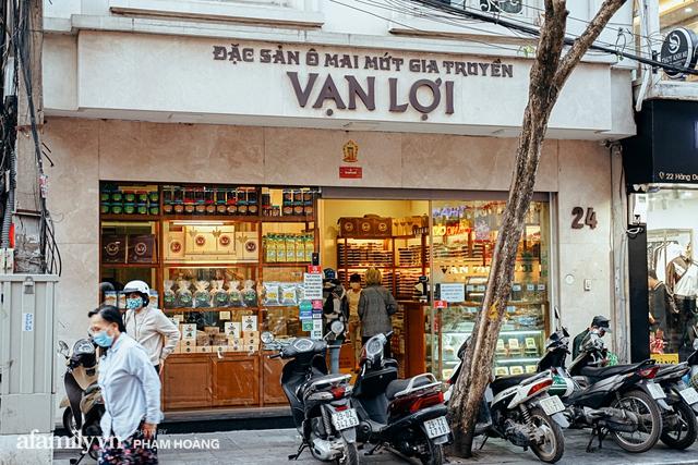 Chuyện về gia tộc kín tiếng chủ tiệm ô mai cổ truyền phố Hàng Da, với 3 thế hệ truyền thừa và lời đồn về món ô mai đặc biệt chỉ được bán đúng 7 ngày giáp Tết - Ảnh 2.