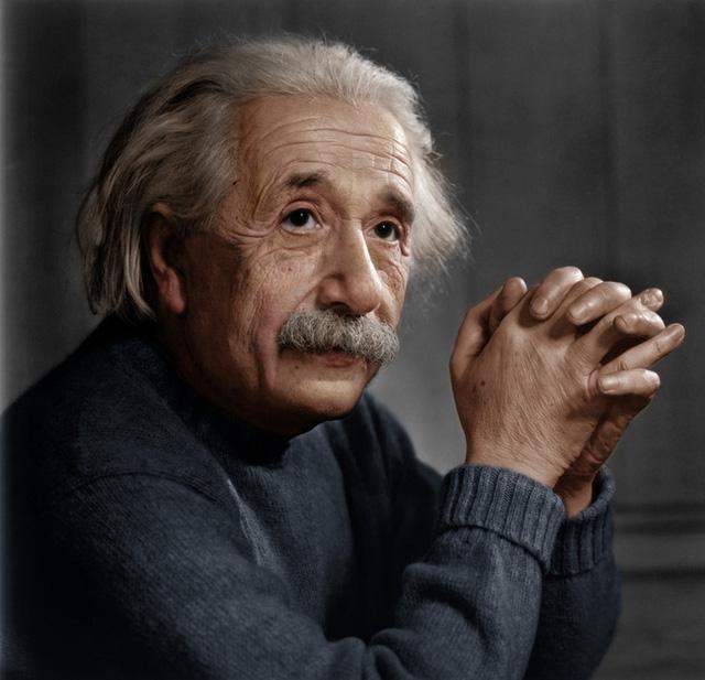 Người đàn ông có IQ cao hơn thiên tài Einstein, từng đột nhập văn phòng trường đánh cắp hồ sơ nhưng công việc sau khi ra trường mới gây choáng - Ảnh 2.