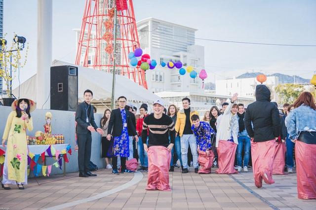 Tết 2021 của những người Việt xa xứ: Thèm lắm một cái Tết bình thường, tìm kiếm niềm vui giản dị và nhắn gửi lời động viên đến quê nhà - Ảnh 12.