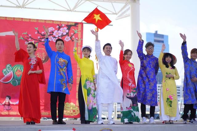Tết 2021 của những người Việt xa xứ: Thèm lắm một cái Tết bình thường, tìm kiếm niềm vui giản dị và nhắn gửi lời động viên đến quê nhà - Ảnh 13.