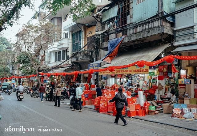 Ngày cuối năm bình yên trong ngõ chợ Thanh Hà - ngôi chợ lâu đời nhất phố cổ được giới nhà giàu chuộng mua vì toàn đồ chất lượng tươi ngon - Ảnh 25.