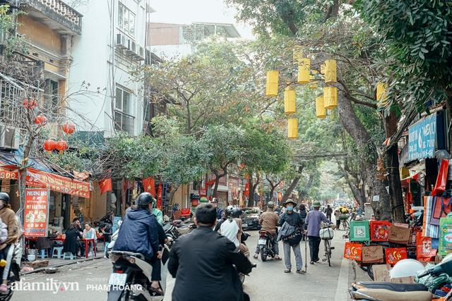 Ngày cuối năm bình yên trong ngõ chợ Thanh Hà - ngôi chợ lâu đời nhất phố cổ được giới nhà giàu chuộng mua vì toàn đồ chất lượng tươi ngon - Ảnh 26.