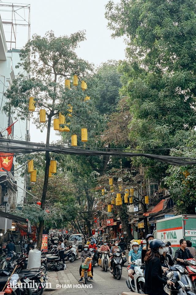 Ngày cuối năm bình yên trong ngõ chợ Thanh Hà - ngôi chợ lâu đời nhất phố cổ được giới nhà giàu chuộng mua vì toàn đồ chất lượng tươi ngon - Ảnh 27.