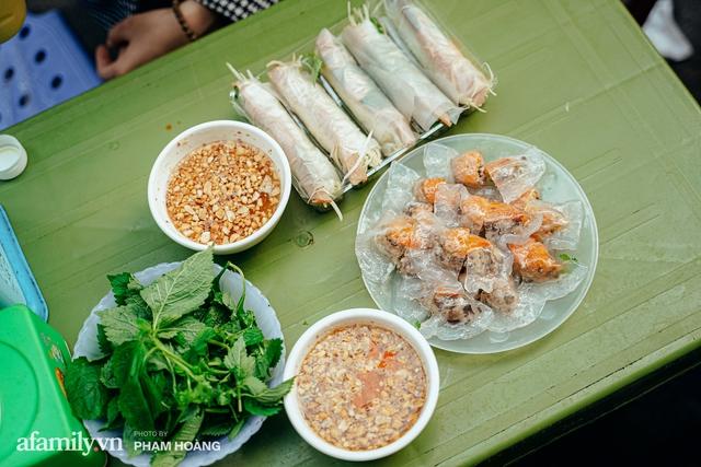 Ngày cuối năm bình yên trong ngõ chợ Thanh Hà - ngôi chợ lâu đời nhất phố cổ được giới nhà giàu chuộng mua vì toàn đồ chất lượng tươi ngon - Ảnh 5.