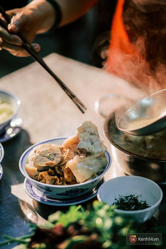 Chuyện ít ai biết về mâm cơm của người Việt: Dù đơn sơ hay cầu kỳ cũng đều là sự hội tụ của tinh hoa văn hoá nghìn năm - Ảnh 5.