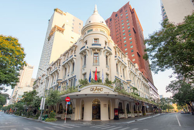 """Mùng 1 Tết, hàng loạt khách sạn 5 sao ở Hà Nội, TP HCM giảm giá """"khủng"""" hơn 80%  - Ảnh 1."""