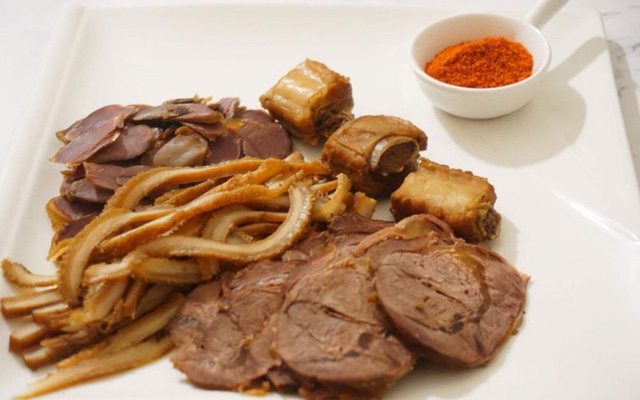 Cách bảo quản qua đêm 5 loại thực phẩm quen mặt ngày Tết, nếu làm sai có thể gây hại cho sức khỏe - Ảnh 3.
