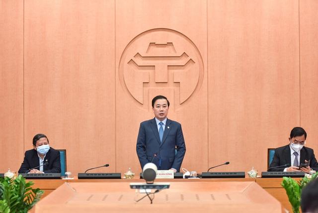 Phó Chủ tịch Hà Nội: Ngay quanh Hồ Gươm, tôi đi thấy việc kiểm tra, xử phạt hầu như không có - Ảnh 1.