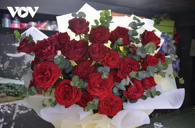 TP.HCM: Nhiều cửa hàng hoa đóng cửa dịp Valentine - Ảnh 6.