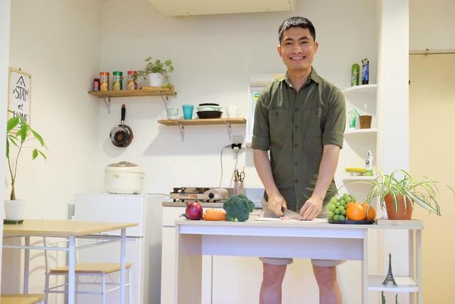 Chàng trai Việt mang di ảnh bố mẹ đi khắp nước Nhật lộ tài nấu nướng đẳng cấp: Đưa đồ ăn đơn giản lên 5 sao - Ảnh 12.