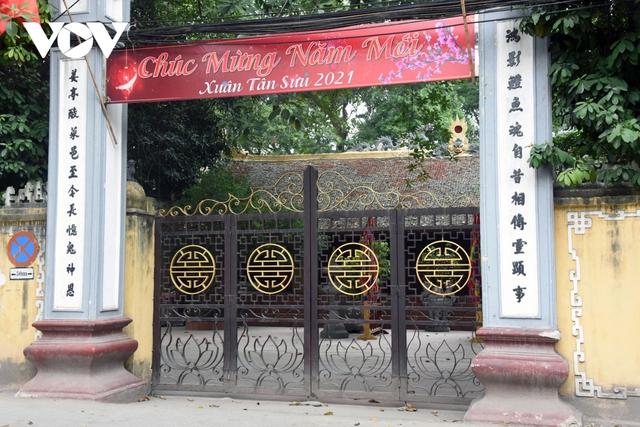 Một số quán ăn, quán cafe tại Hà Nội vẫn mở cửa bất chấp lệnh cấm  - Ảnh 14.