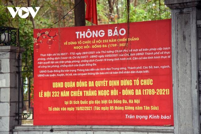 Một số quán ăn, quán cafe tại Hà Nội vẫn mở cửa bất chấp lệnh cấm  - Ảnh 17.