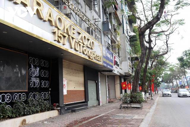 Một số quán ăn, quán cafe tại Hà Nội vẫn mở cửa bất chấp lệnh cấm  - Ảnh 3.