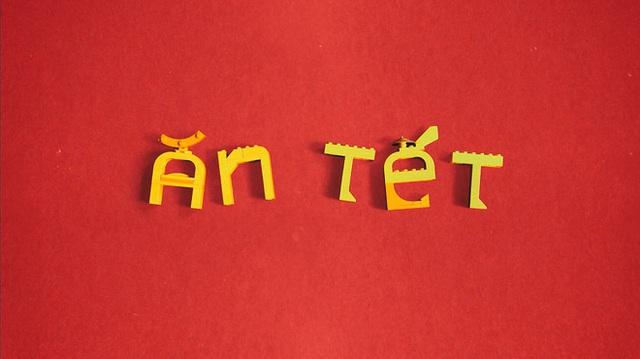 Fanpage nước ngoài đình đám chia sẻ mâm cỗ Tết làm 100% từ mô hình Lego, dân mạng nhận xét: Tự hào quá Việt Nam ơi! - Ảnh 3.