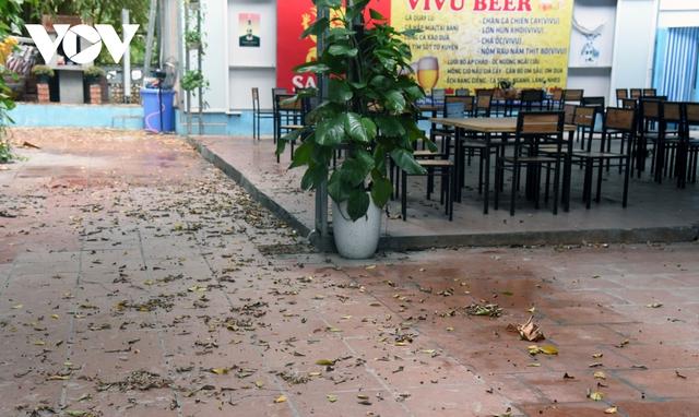 Một số quán ăn, quán cafe tại Hà Nội vẫn mở cửa bất chấp lệnh cấm  - Ảnh 6.