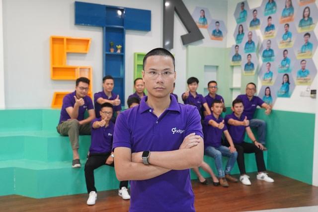 Người được gọi là Bill Gates Việt Nam: Xuất phát từ một cậu bé chế tạo máy rửa chuồng gà - Ảnh 2.